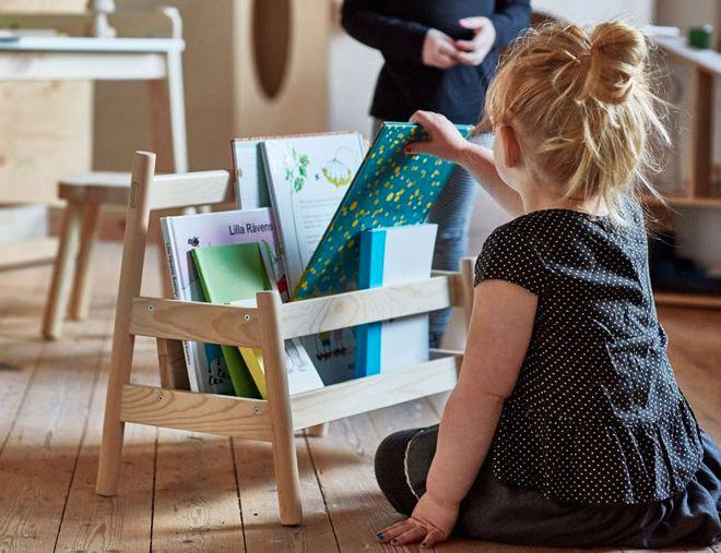 Porta riviste in legno per bambini