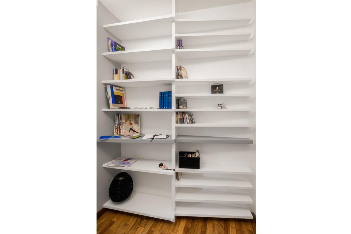Casa di Augusto - Libreria su misura